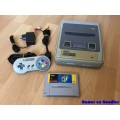 Super Nintendo SNES + Super Mario World